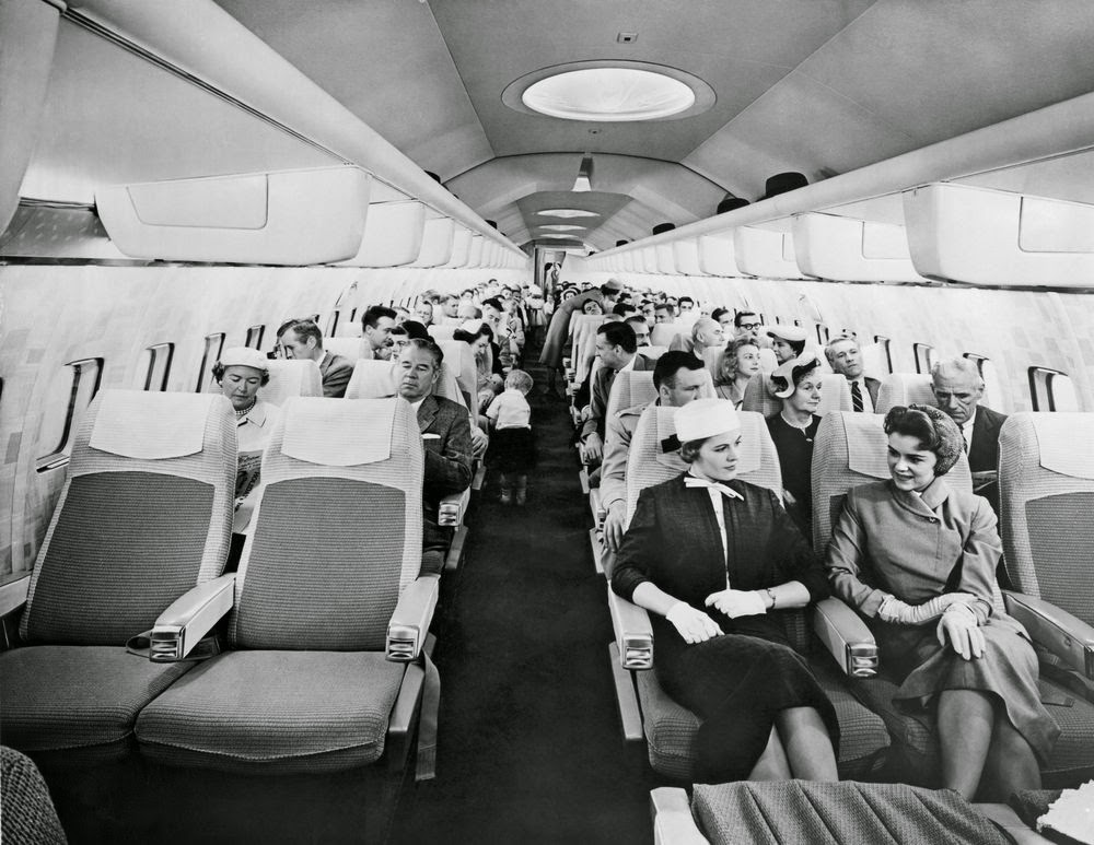 golden-age-air-travel-cabin