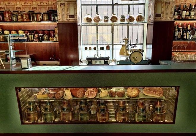 Bar-Luce-Fondazione-Prada-2