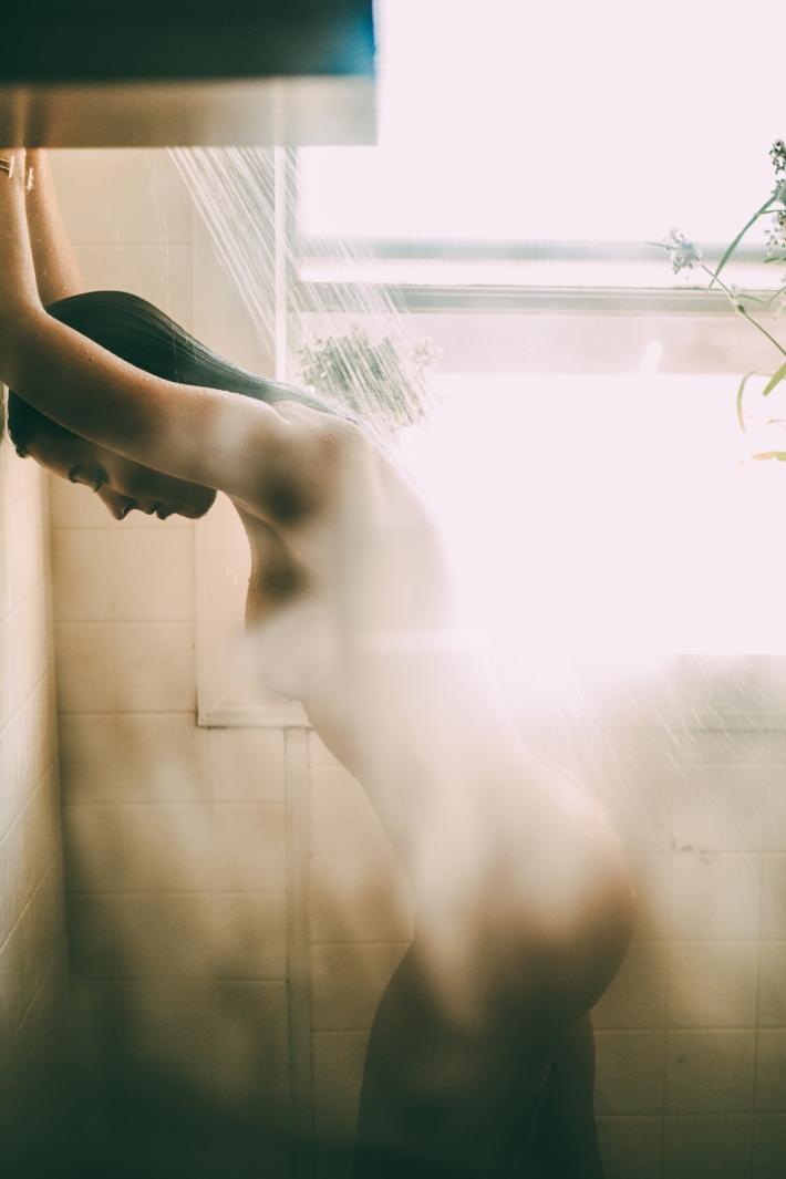 Miranda_shower_13