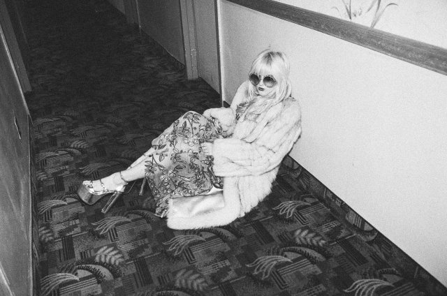 Ihateblonde_Motel_-35