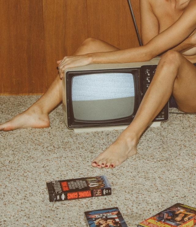 taylor-tv-x-am-12
